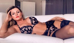 Liberty escorte girl massage sexy wannonce à Saint-Ismier